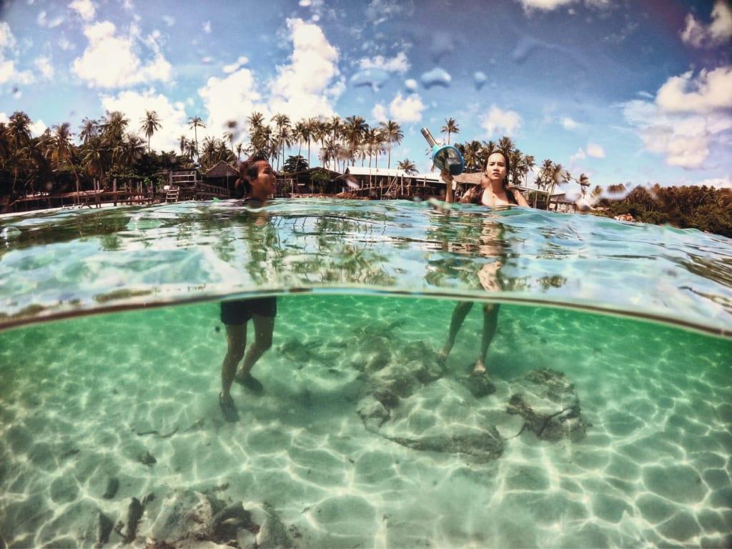 Bãi tắm cát trắng nước trong veo ở hòn mấu nam du chụp bằng gopro 6 gắn dome port